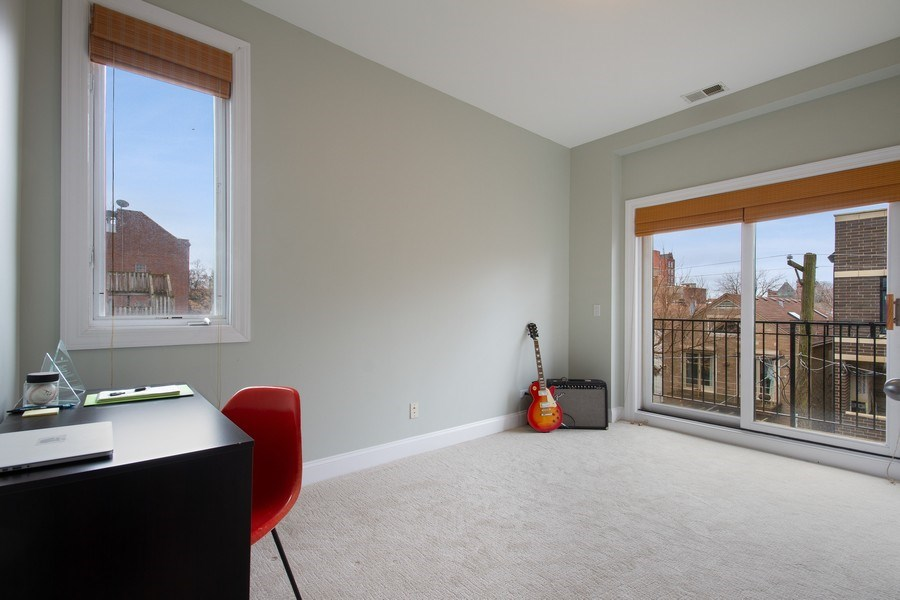 Real Estate Photography - 1510 N Wieland, unit 4, Chicago, IL, 60610 - Bedroom