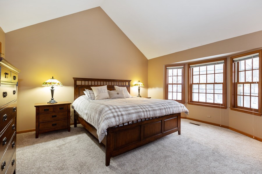 Real Estate Photography - 601 Greens View Drive, Algonquin, IL, 60102 - Master Bedroom