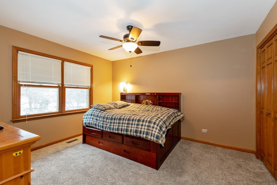Real Estate Photography - 601 Greens View Drive, Algonquin, IL, 60102 - 2nd Bedroom