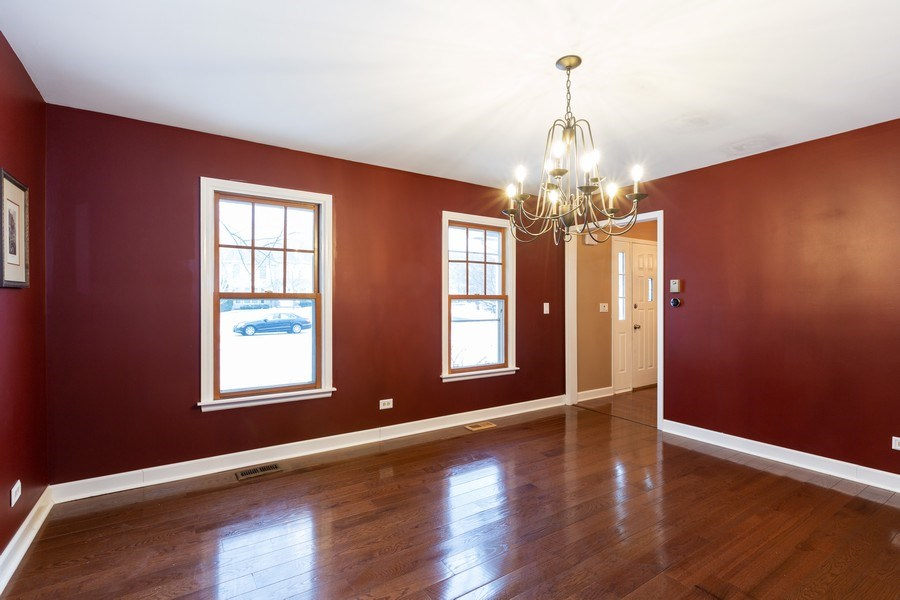 Real Estate Photography - 601 Greens View Drive, Algonquin, IL, 60102 - Dining Room
