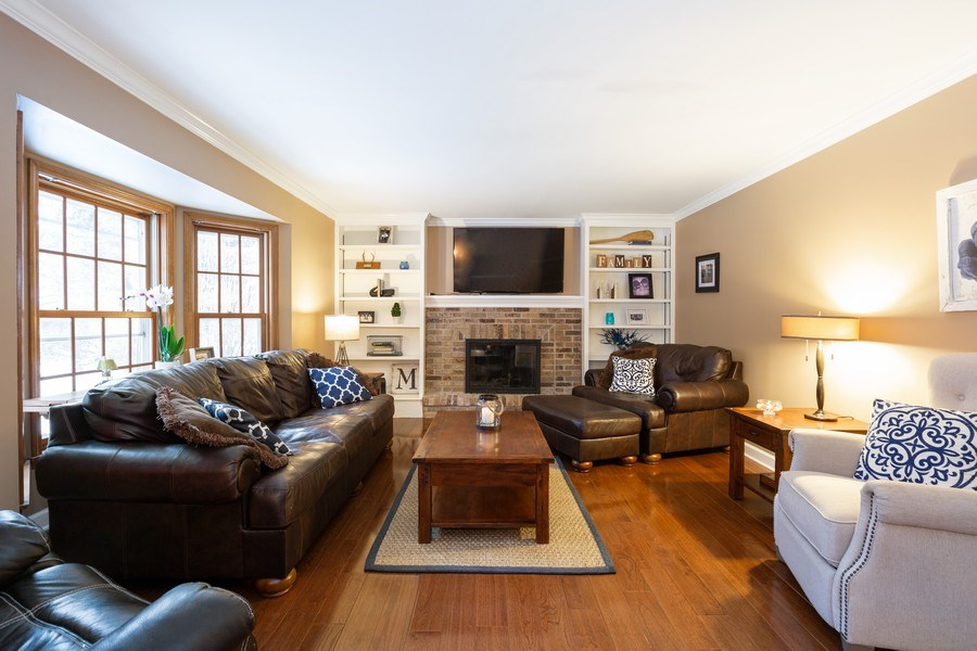 Real Estate Photography - 601 Greens View Drive, Algonquin, IL, 60102 - Family Room