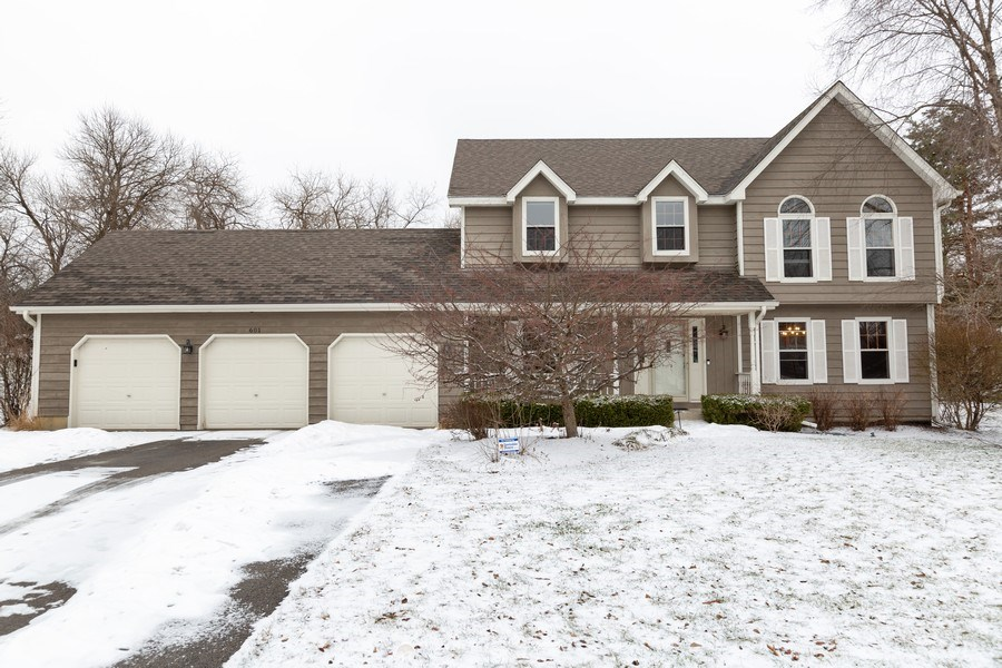 Real Estate Photography - 601 Greens View Drive, Algonquin, IL, 60102 - Front View