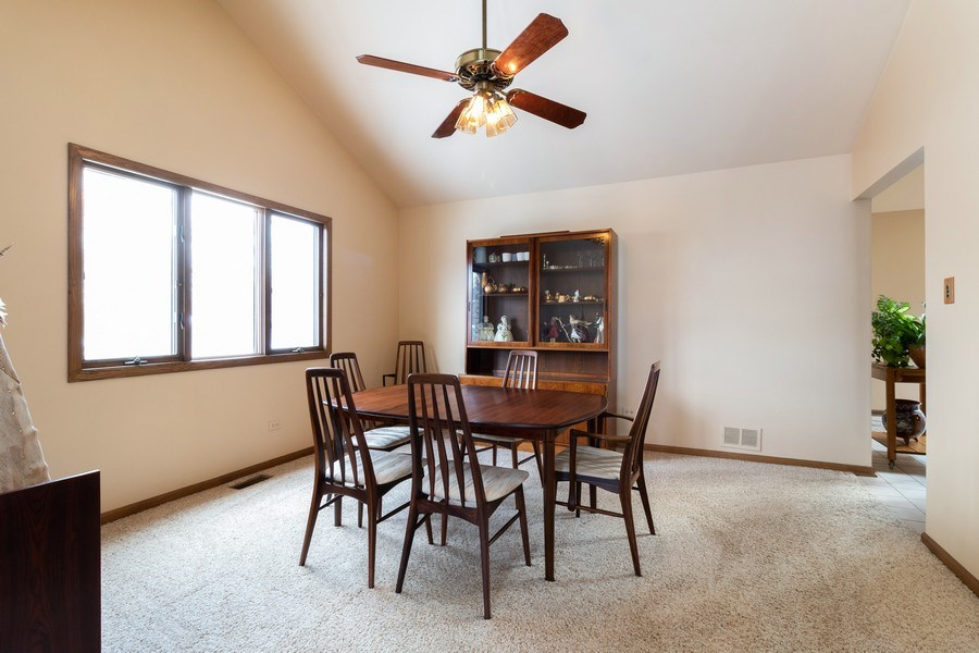Real Estate Photography - 14855 Westwood Drive, Orland Park, IL, 60462 - Dining Room