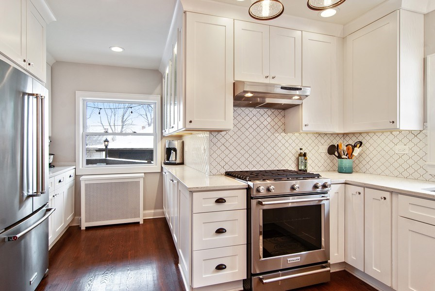 Real Estate Photography - 510 Berkeley Rd, Riverside, IL, 60546 - Kitchen