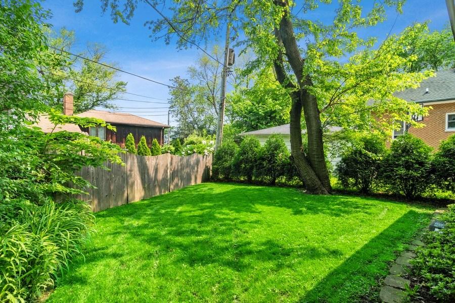 Real Estate Photography - 510 Berkeley Rd, Riverside, IL, 60546 - Back Yard