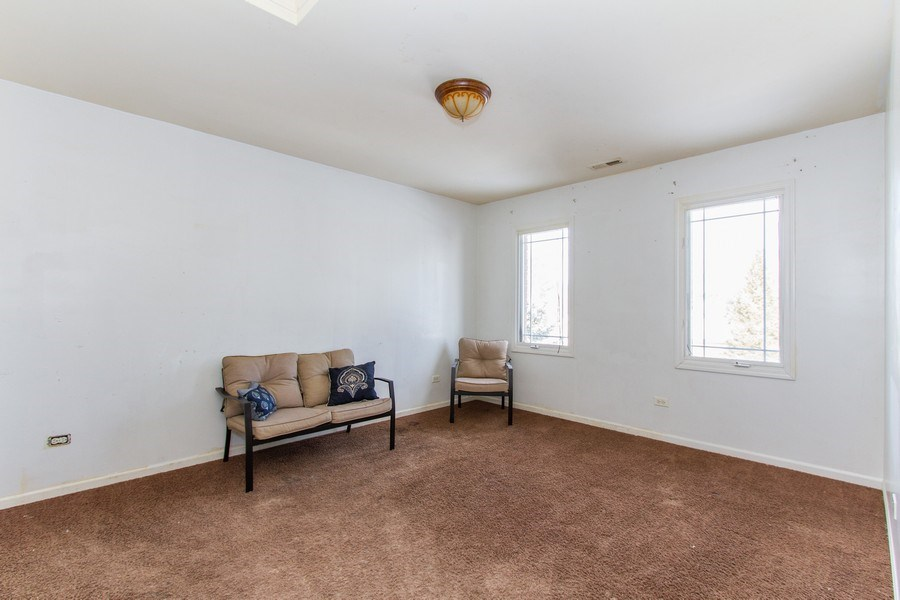 Real Estate Photography - 14 Pembrook Ct, Flossmoor, IL, 60422 - 2nd Bedroom