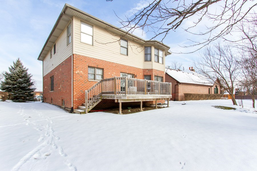 Real Estate Photography - 14 Pembrook Ct, Flossmoor, IL, 60422 - Rear View