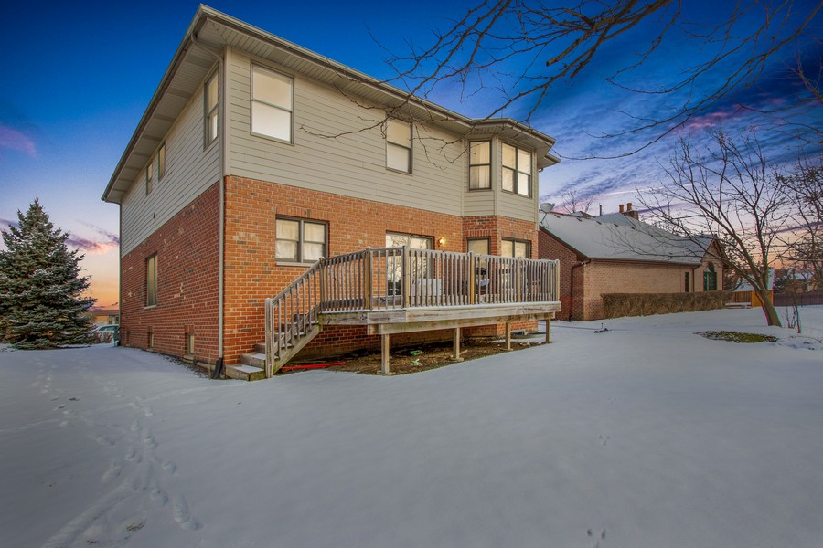 Real Estate Photography - 14 Pembrook Ct, Flossmoor, IL, 60422 - Exterior Rear View