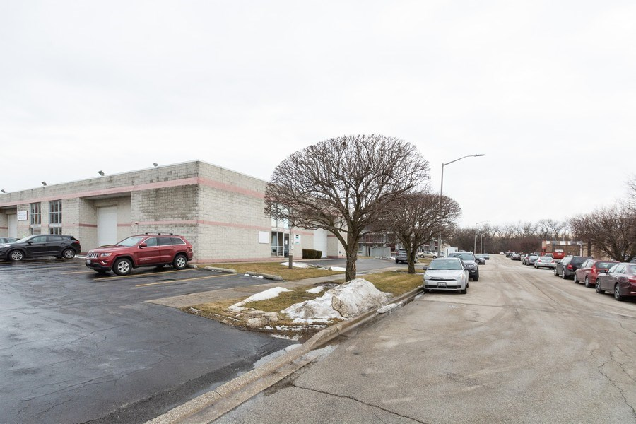 Real Estate Photography - 12559 S Holiday Drive, Alsip, IL, 60803 - Location 8