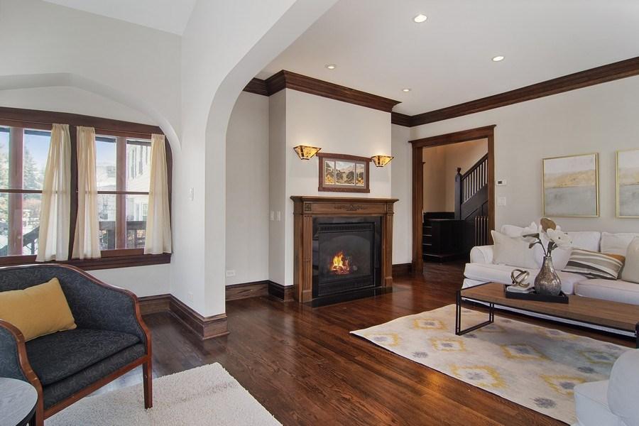 Real Estate Photography - 797 Laurel, Des Plaines, IL, 60016 - Great Room