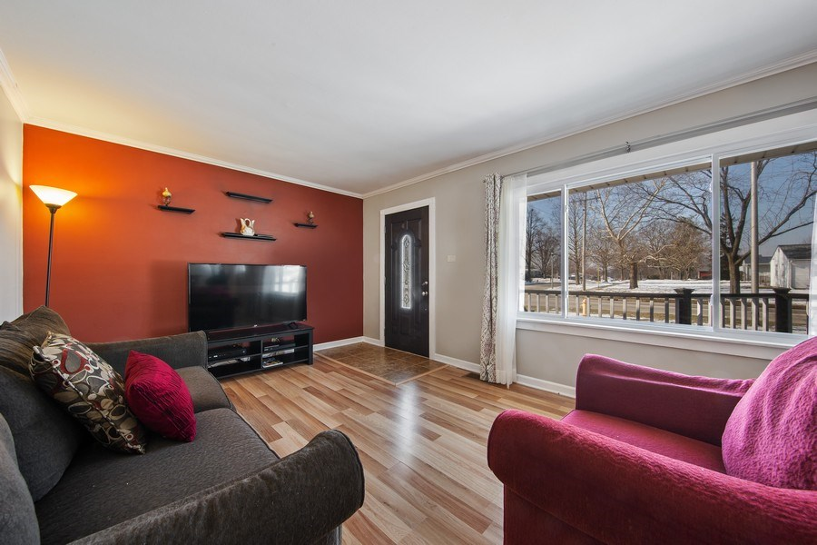 Real Estate Photography - 601 N Grace st, lombard, IL, 60148 - Living Room