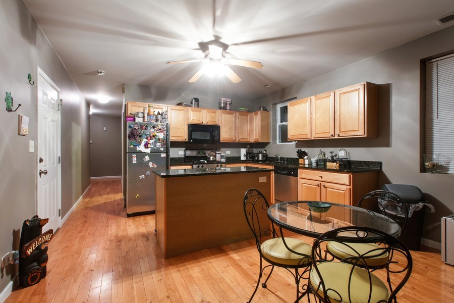 Real Estate Photography - 3022 W Washington, 2, Chicago, IL, 60612 - Dining Area