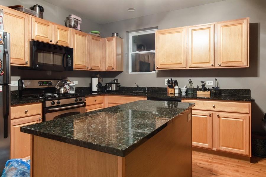 Real Estate Photography - 3022 W Washington, 2, Chicago, IL, 60612 - Kitchen