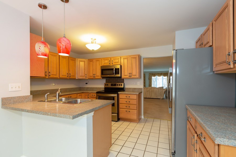 Real Estate Photography - 1115 Mistwood Lane, Downers Grove, IL, 60515 - Kitchen