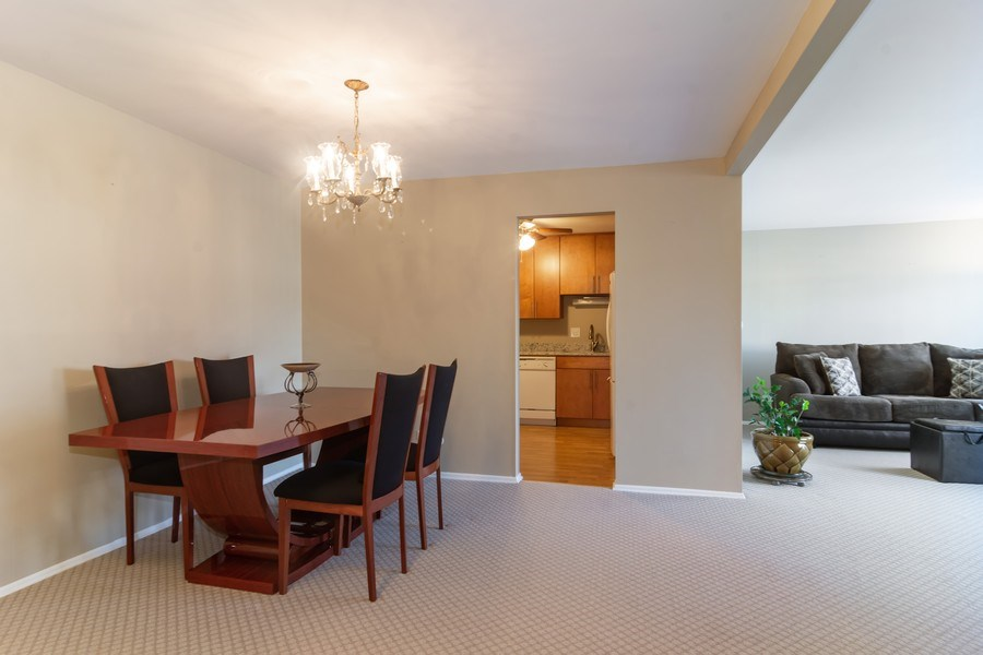 Real Estate Photography - 505 S. Cleveland Ave. #204, Arlington Heights, IL, 60005 - Living Room / Dining Room