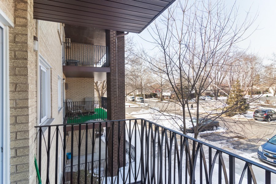 Real Estate Photography - 505 S. Cleveland Ave. #204, Arlington Heights, IL, 60005 - Balcony