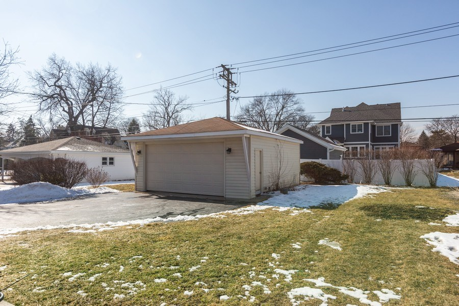 Real Estate Photography - 5236 Grand Ave, Western Springs, IL, 60558 - Back Yard