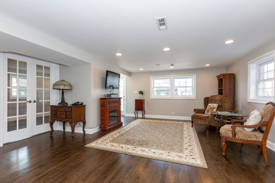 Real Estate Photography - 5236 Grand Ave, Western Springs, IL, 60558 - Family Room