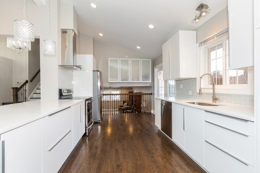 Real Estate Photography - 5236 Grand Ave, Western Springs, IL, 60558 - Kitchen