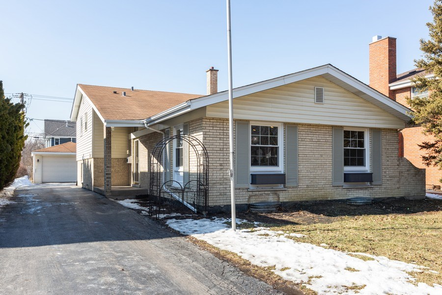Real Estate Photography - 5236 Grand Ave, Western Springs, IL, 60558 - Front View