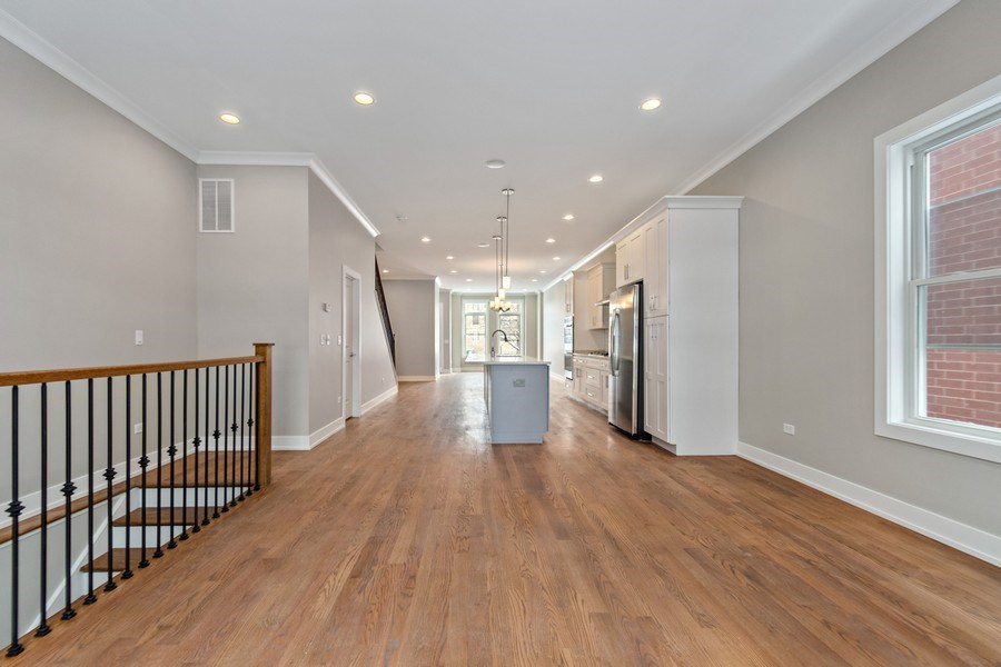 Real Estate Photography - 4714 S Calumet, Chicago, IL, 60653 - Family Room