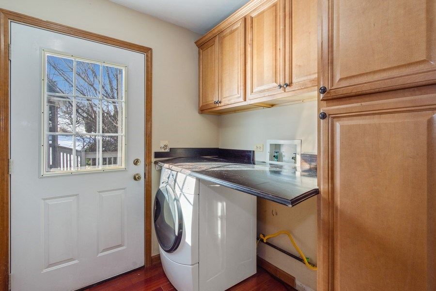 Real Estate Photography - 3015 Woods Creek Lane, Algonquin, IL, 60102 - Laundry Room