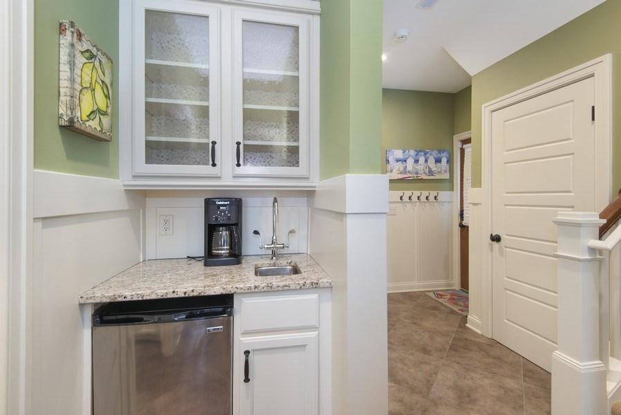 Real Estate Photography - 59 North Shore Drive, South Haven, MI, 49090 - Bar