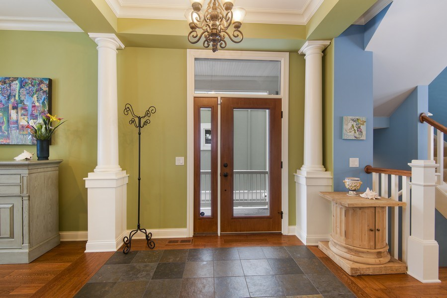 Real Estate Photography - 59 North Shore Drive, South Haven, MI, 49090 - Entryway