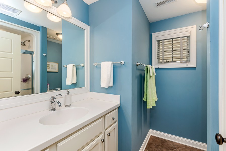 Real Estate Photography - 59 North Shore Drive, South Haven, MI, 49090 - 2nd Bathroom