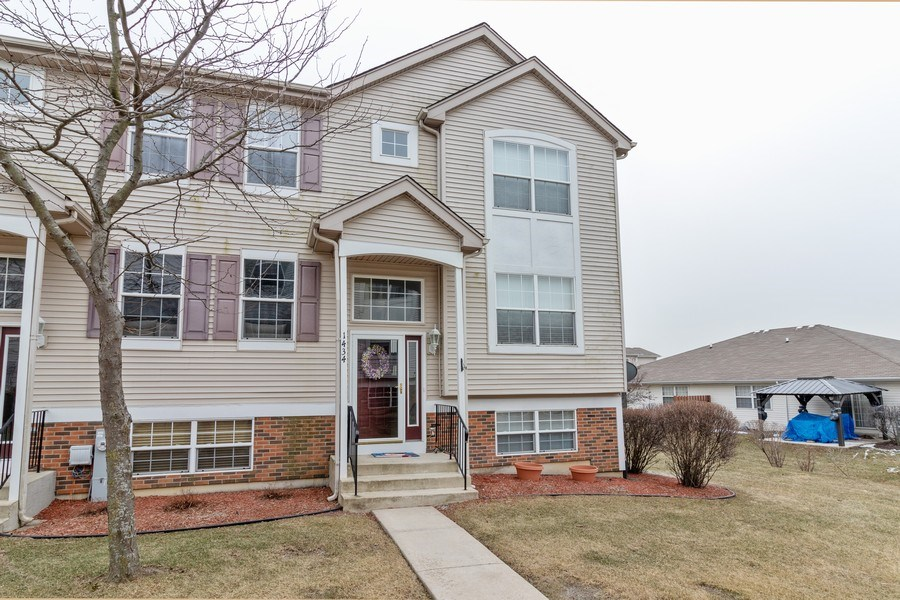 Real Estate Photography - 1434 Fox Hound Trail, Beecher, IL, 60401 - Front View