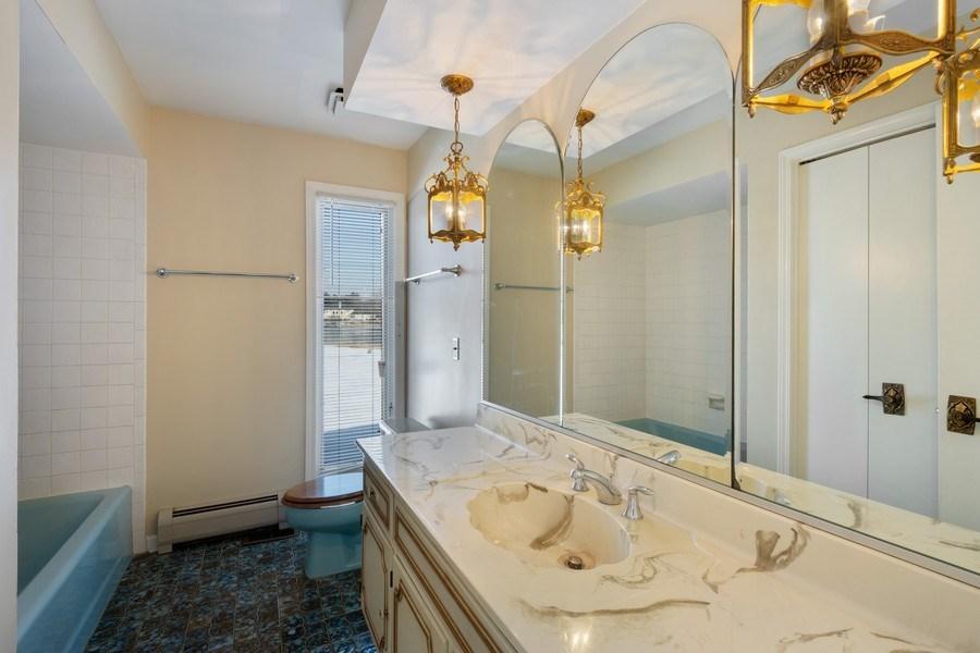 Real Estate Photography - 57 Flint Drive (aka 23203 N. Flint Drive), Lake Barrington, IL, 60010 - Master Bathroom
