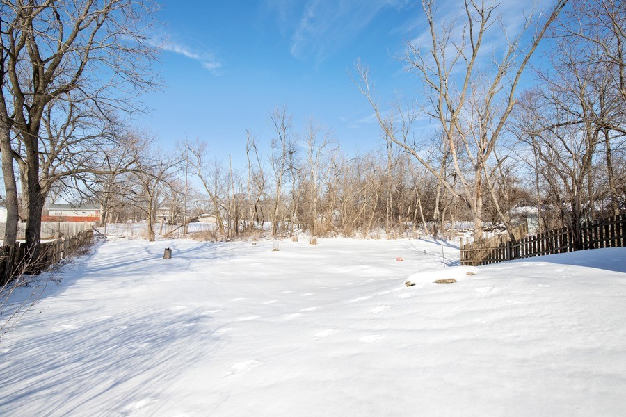 Real Estate Photography - 2510 Carmel Blvd., Zion, IL, 60099 - Back Yard
