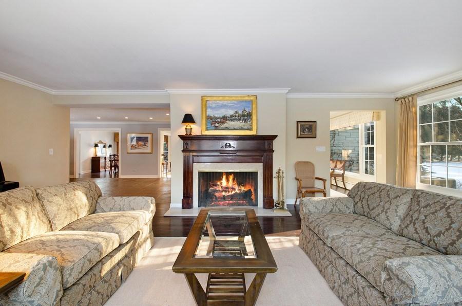 Real Estate Photography - 2800 Romona Court, Wilmette, IL, 60091 - Living Room