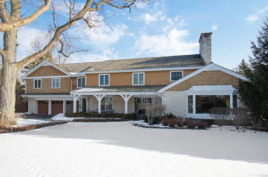 Real Estate Photography - 2800 Romona Court, Wilmette, IL, 60091 - Front View Winter
