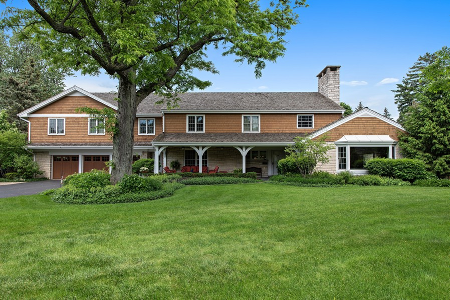 Real Estate Photography - 2800 Romona Court, Wilmette, IL, 60091 - Front View Summer