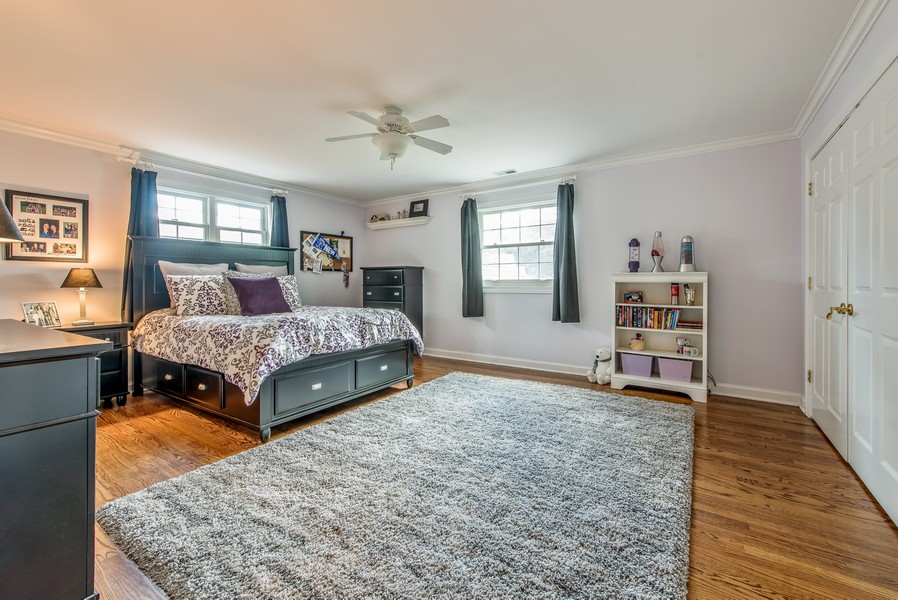 Real Estate Photography - 2800 Romona Court, Wilmette, IL, 60091 - Bedroom 4 (with Jack and Jill Full Bath)
