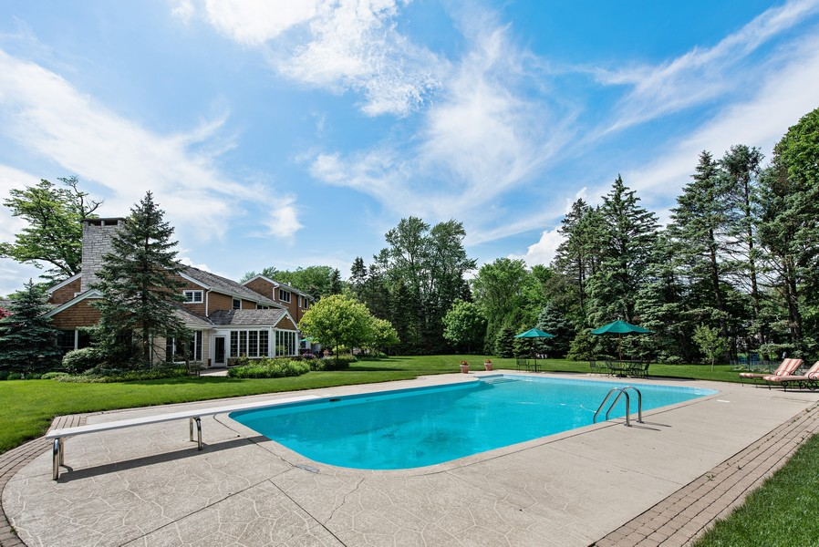Real Estate Photography - 2800 Romona Court, Wilmette, IL, 60091 - Lush Acre Back Yard: Pool
