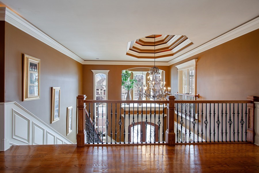 Real Estate Photography - 314 Felicia Ct, Bloomingdale, IL, 60108 - Hallway