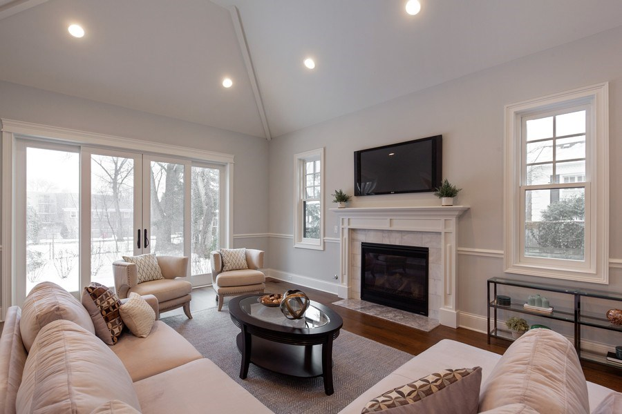 Real Estate Photography - 117 Church Rd, Winnetka, IL, 60093 - Family Room