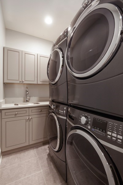Real Estate Photography - 117 Church Rd, Winnetka, IL, 60093 - Laundry Room