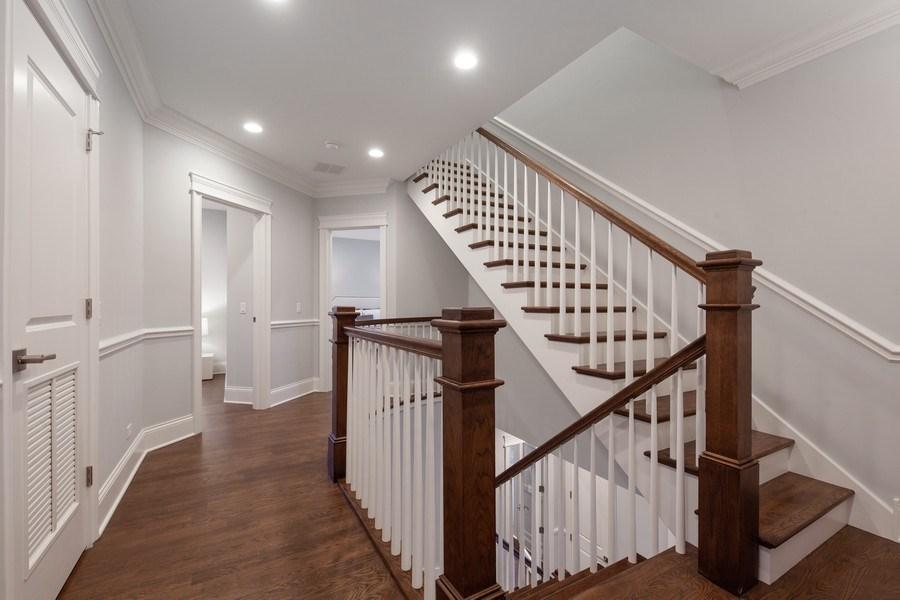 Real Estate Photography - 117 Church Rd, Winnetka, IL, 60093 - Hallway