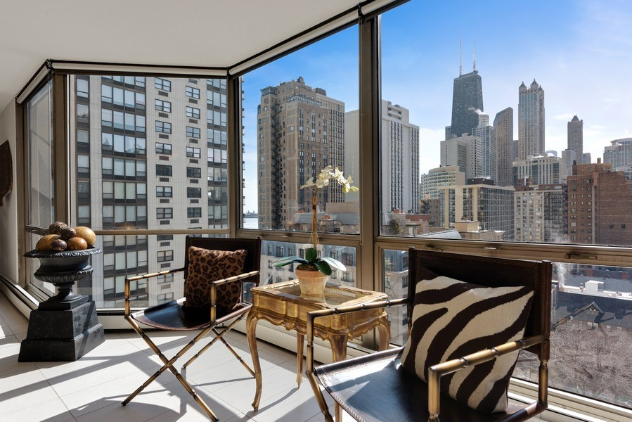 Real Estate Photography - 1310 N Ritchie Ct, 15B, Chicago, IL, 60610 - City View