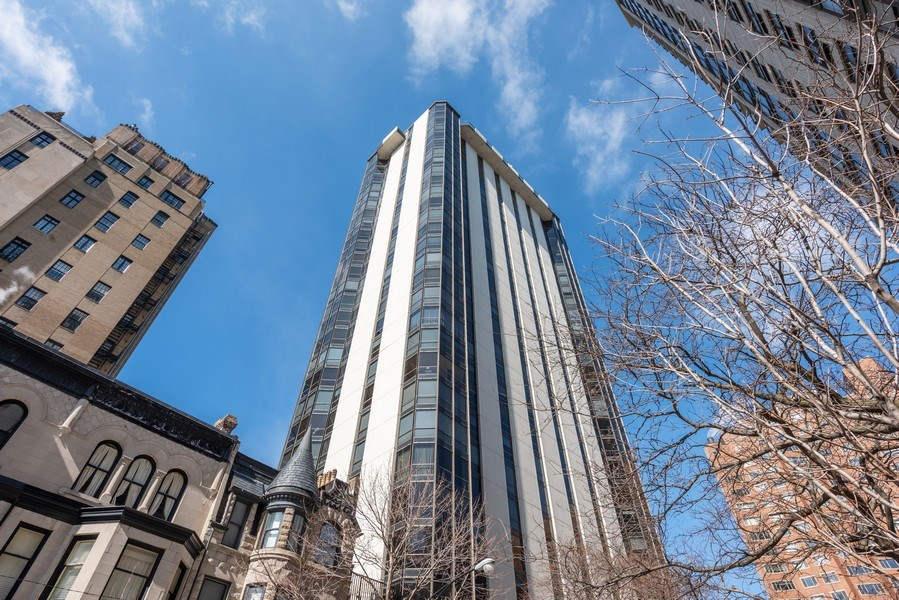 Real Estate Photography - 1310 N Ritchie Ct, 15B, Chicago, IL, 60610 - Front View