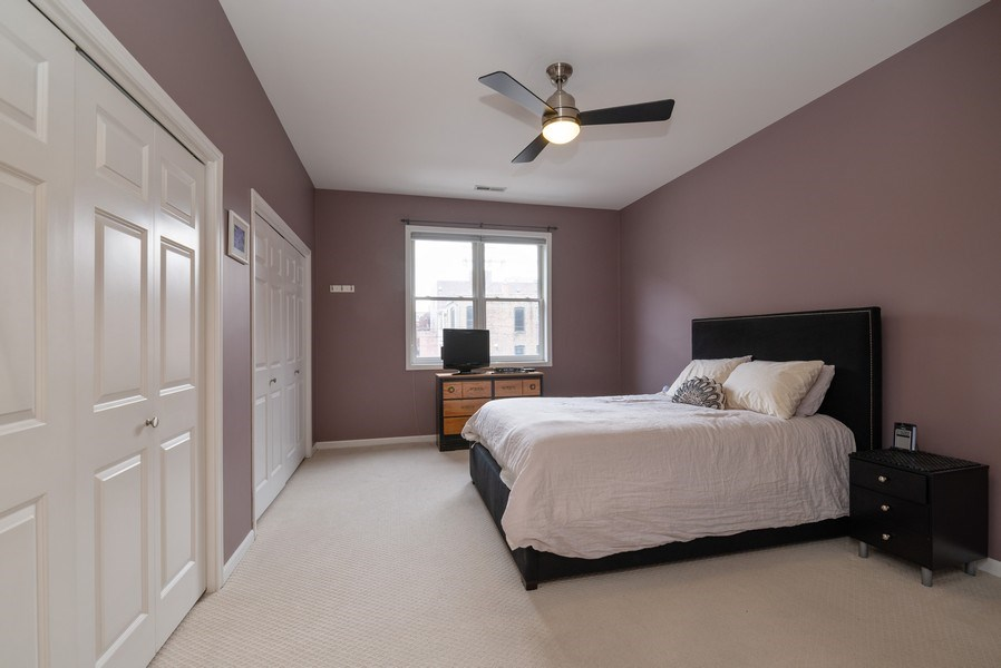 Real Estate Photography - 1025 W Buena Ave, Unit 2E, Chicago, IL, 60613 - Master Bedroom