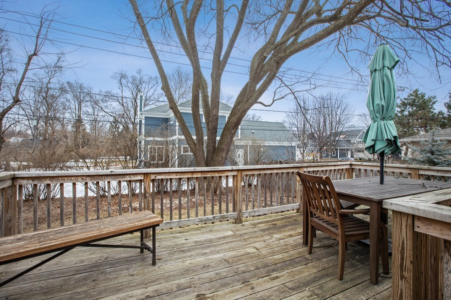 Real Estate Photography - 2132 Lake Ave., Wilmette, IL, 60091 - Deck