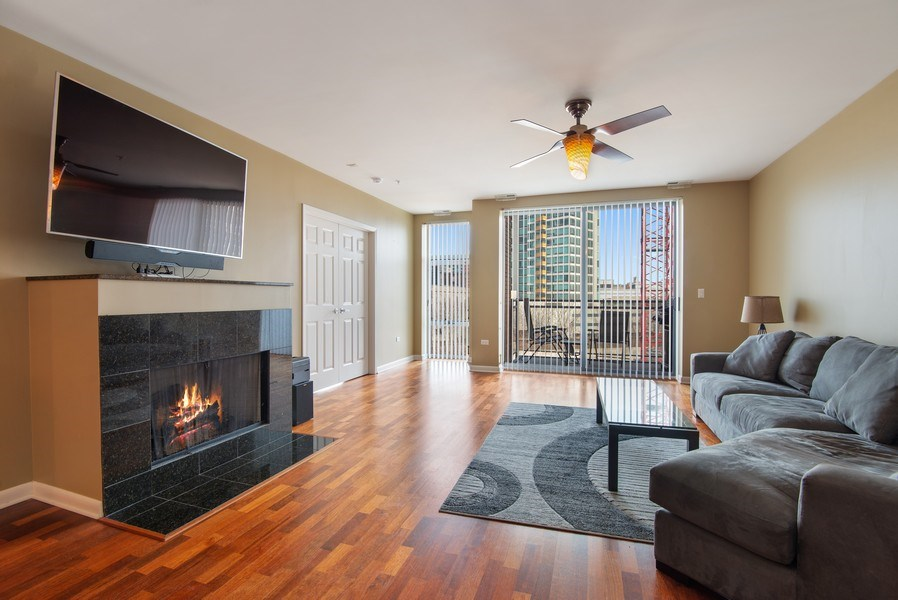 Real Estate Photography - 1720 Oak Avenue, Unit 502, Evanston, IL, 60201 - Living Room