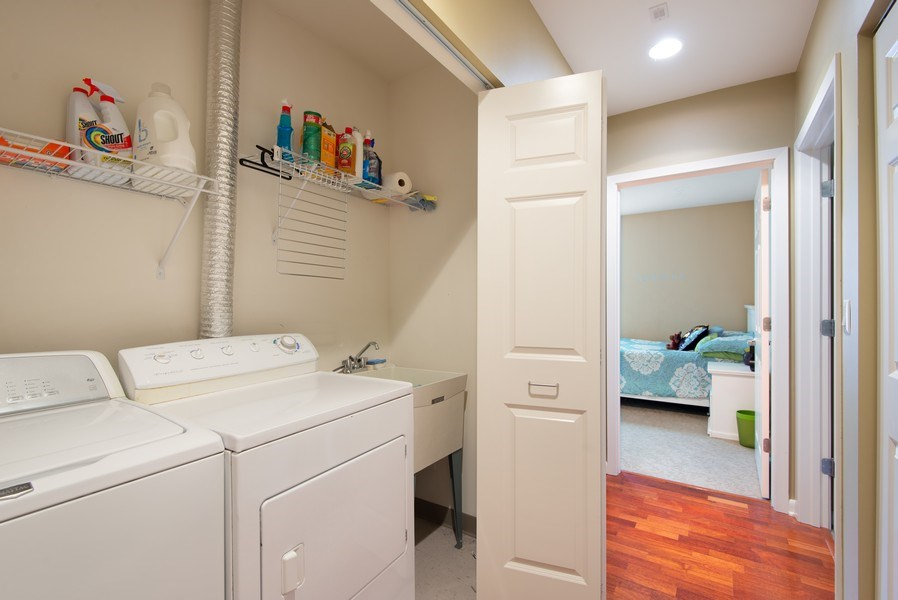 Real Estate Photography - 1720 Oak Avenue, Unit 502, Evanston, IL, 60201 - Laundry Room