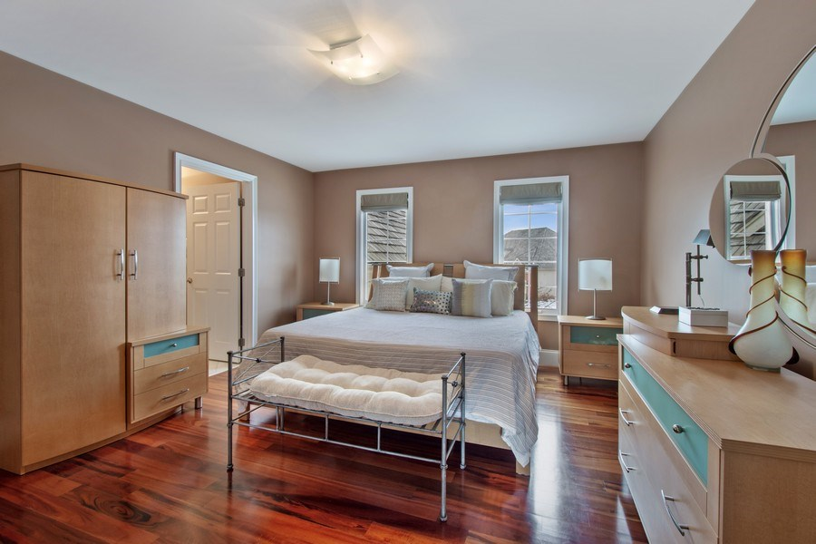 Real Estate Photography - 600 Sutherland Ct., Inverness, IL, 60010 - 2nd Bedroom