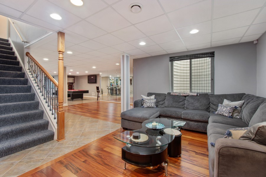 Real Estate Photography - 600 Sutherland Ct., Inverness, IL, 60010 - Basement
