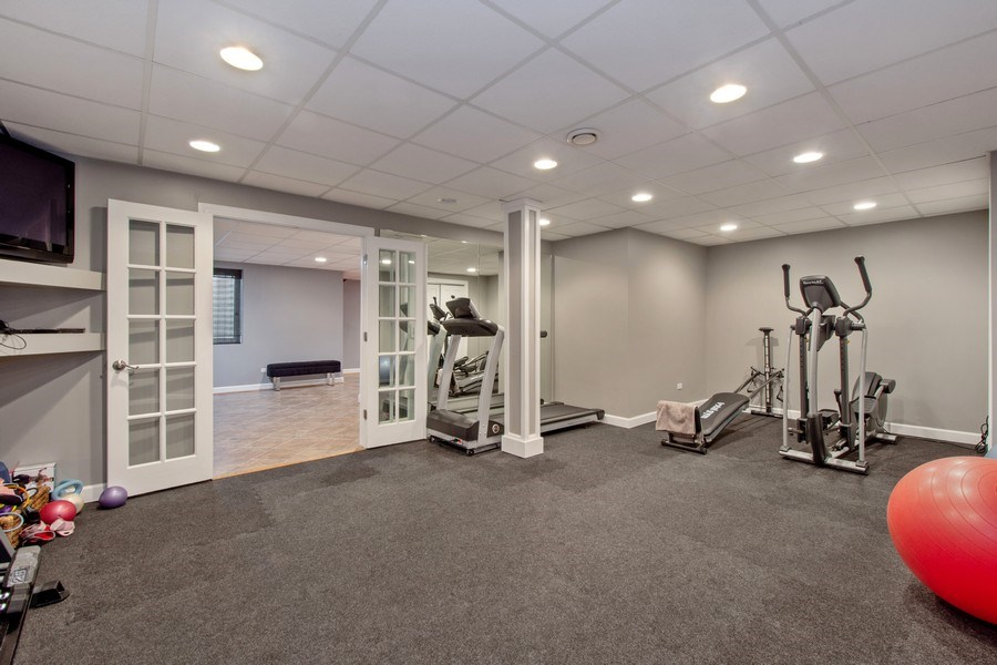 Real Estate Photography - 600 Sutherland Ct., Inverness, IL, 60010 - Fitness Room